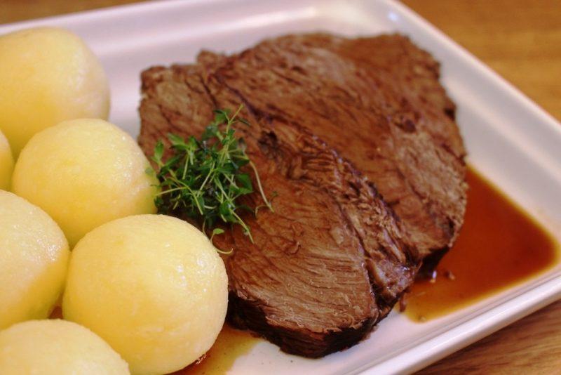 Leicht-Rezept-Rinderschmorbraten-mit-knödel-kochen-besser-essen
