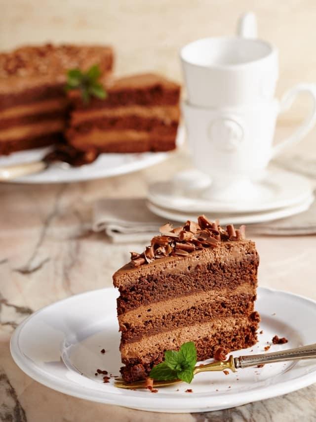 leicht-rezept-nugat-schoko-torte-backen-dessert
