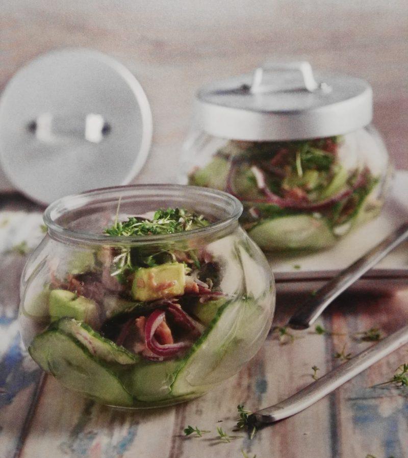 Leicht-Rezept-Thunfischsalat-mit-Avocado-Gesund-Essen-low-Carb-Fitness-Diät