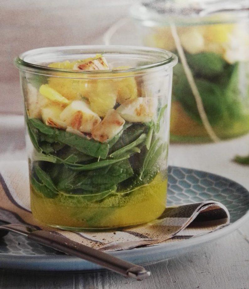 leicht-rezept-spinatsalat-mit-halloumi-grillkäse-fitness-gesunde-ernährung
