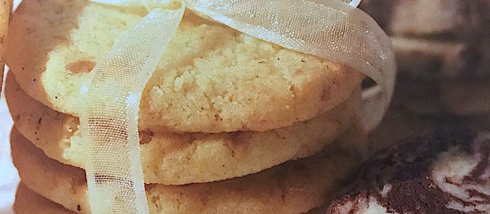 Leichtrezept-weiße-schokotaler-wheinachten-gebäck-kekse